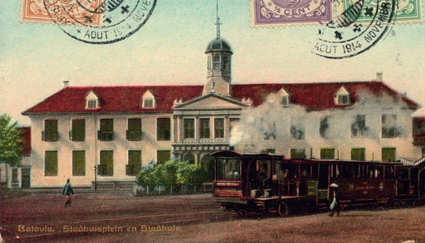 Kartupos bergambara Balaikota Batavia (Stadhuis) 1914